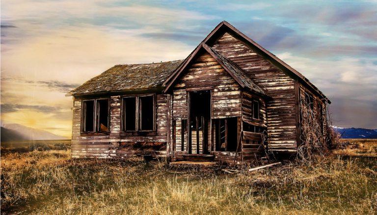 Altes Haus in Ruinen
