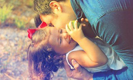 5 Beispiele, wie Väter ihre Töchter positiv beeinflussen