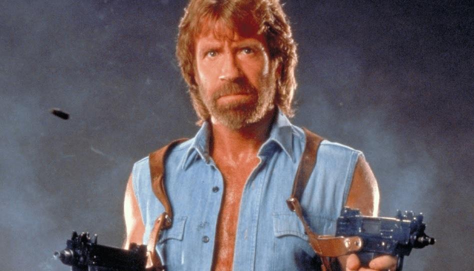 Auch wenn Chuck Norris für Action-gepackte Kampfkunstfilme bekannt ist, besitzt er eine Produktionsfirma, die sich auf christliche Filme spezialisiert hat. Er hofft, dass Hollywood zurück zum Glauben findet.
