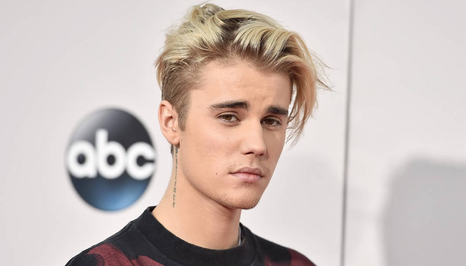 Der Glaube an Gott rettete Sänger Justin Bieber aus dem Sumpf des Verlorenseins, den junge Prominenz oft mit sich bringt. Zu Ostern gab er auf seinem Twitter-Account Zeugnis von der allumfassenden  Macht des Sühnopfers Jesu Christi.