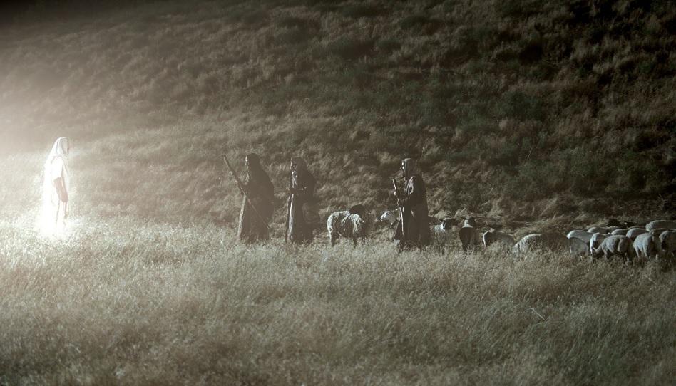 Engel auf dem Feld Schafe Weihnachten